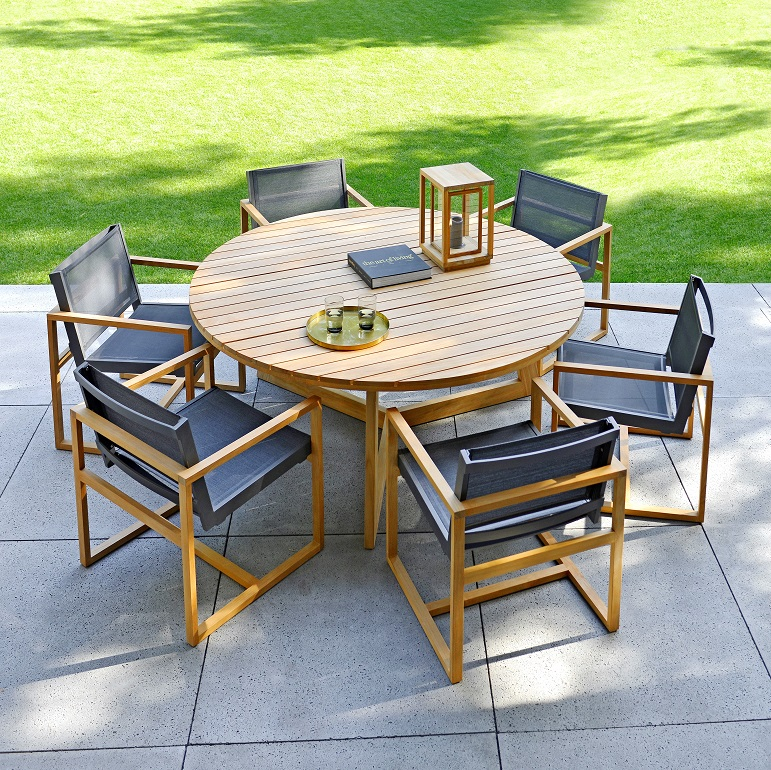 Borek Teak Limone Low Dining Table With Urbino low Dining Chairs