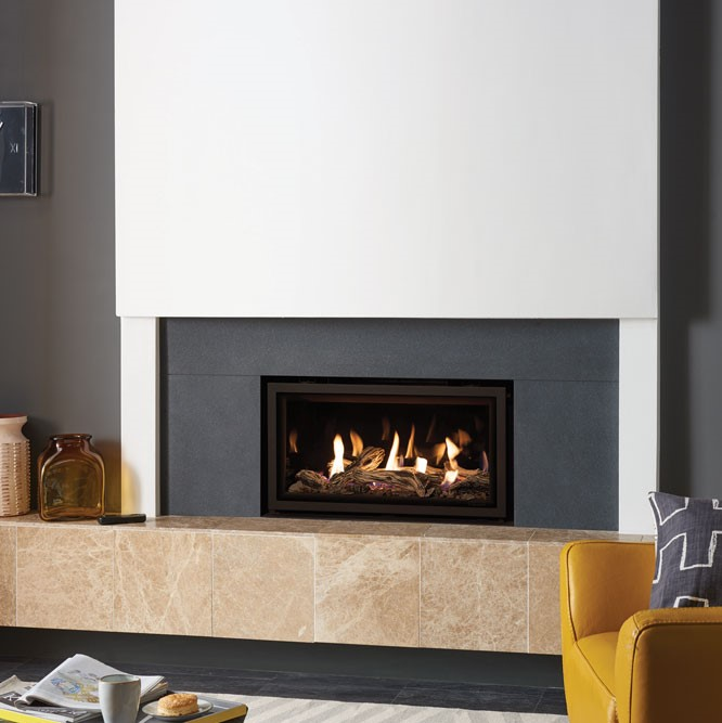 Studio 1 Edge CF with driftwood fuel bed and Black Glass lining Slip Sq