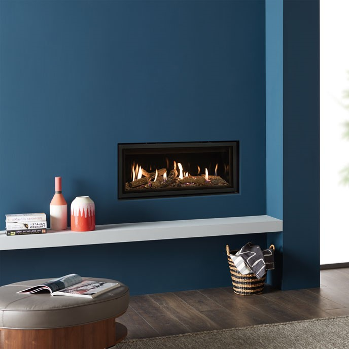 Studio 2 Edge Cool Wall with Log effect fuel bed and EchoFlame Black Glass Lining Sq